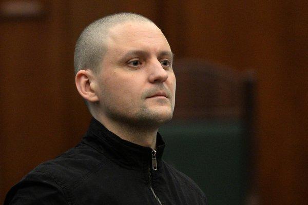 Сергей Удальцов прекращает сухую голодовку и начинает пить воду