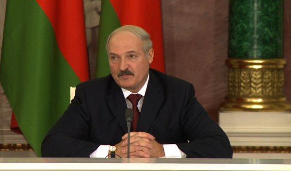 Беларусь не будет размещать у себя российскую военную базу