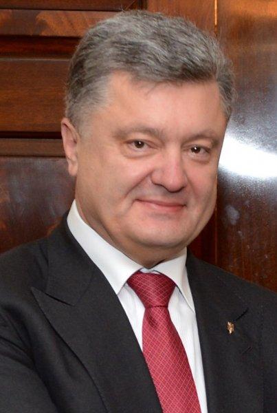 Украинцы «отправили» Порошенко на помойку из-за высказывания об «опасности» дешевого газа