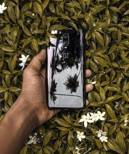 OnePlus 6T обошел почти все смартфоны по автономности