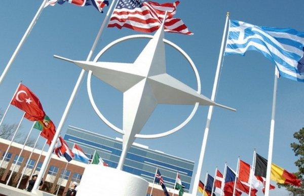 НАТО испугали возможным нападением России