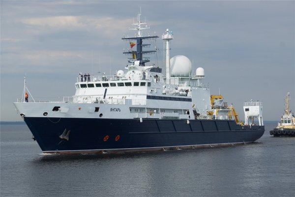 На Украине угрожают арестовать очередное судно РФ