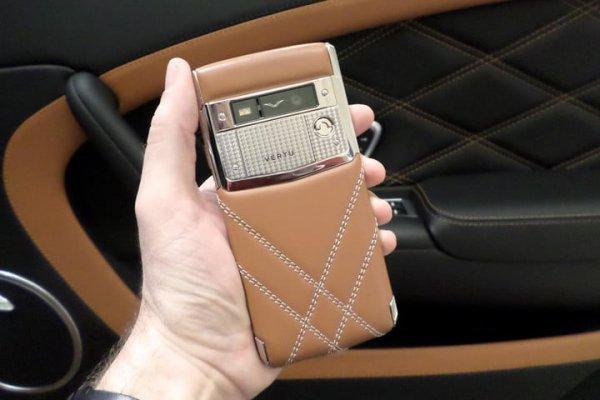 От Bentley до Ferrari: Эксперты рассказали о сотрудничестве мобильных и автогигантов
