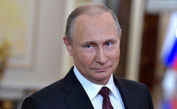 Газета Bild сообщила о получении Путиным служебного удостоверения Штази