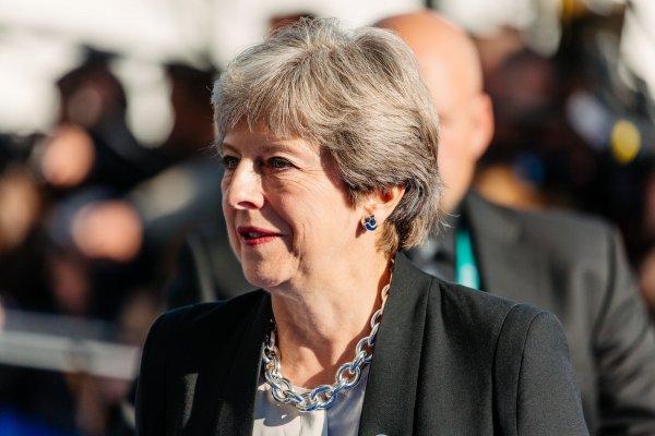 Британские парламентарии проголосуют по вотуму недоверия Мэй 12 декабря
