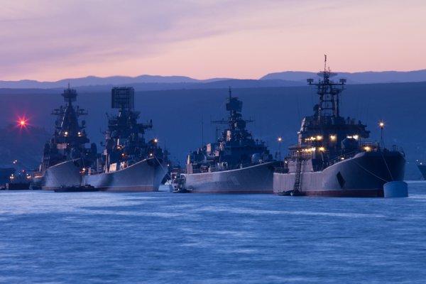 Огрести вслед за Украиной: Британский корабль прибыл в Чёрное море с «визитом дружбы»