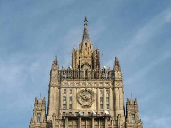 В МИД РФ назвали качества «правильного» президента Украины