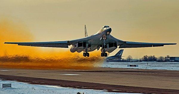 National Interest подверг жесткой критике посла США после слов о ракетоносцах Ту-160
