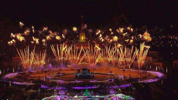 Праздничный фейерверк порадует гостей ВДНХ на Новый год