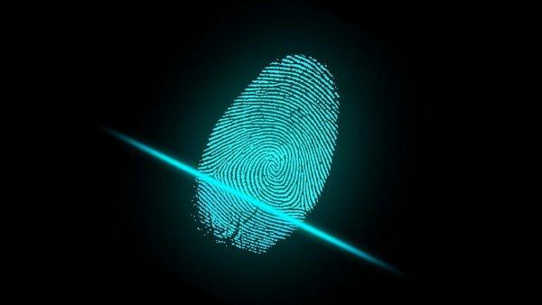 Разработчики научили ИИ подделывать отпечатки пальцев