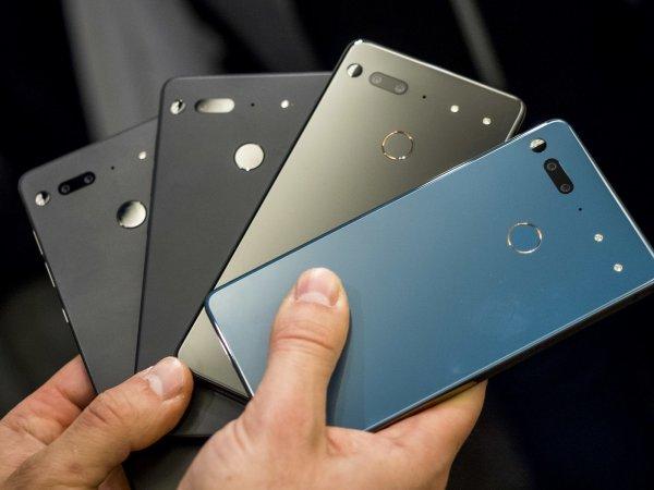 Essential Phone получил январское обновление с небольшой задержкой