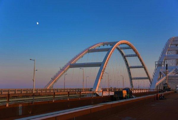 Украинский министр назвал Крымский мост «шаткой конструкцией»