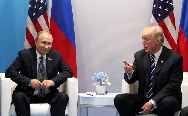Трамп ответил на обвинения в сокрытии подробностей переговоров с Путиным