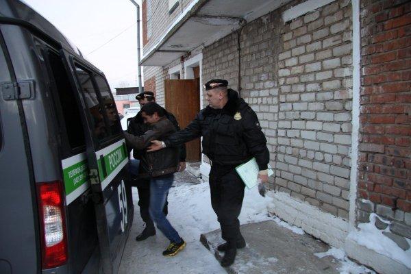 В Ростове водителя маршрутки выдворили из РФ за связь с сирийскими террористами