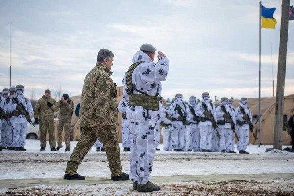 Порошенко показал украинский спецназ для борьбы с «российской агрессией»