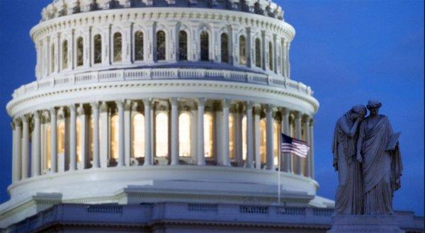 Конгресс США назвал «удручающими» результаты продвижения демократии в России и мире