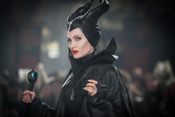 В Сети появился первый кадр со съёмок фильма «Малефисента-2»