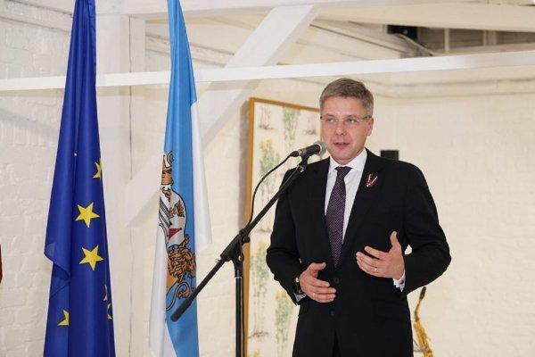 Мэра Риги доставили в СИЗО после критики политики Латвии