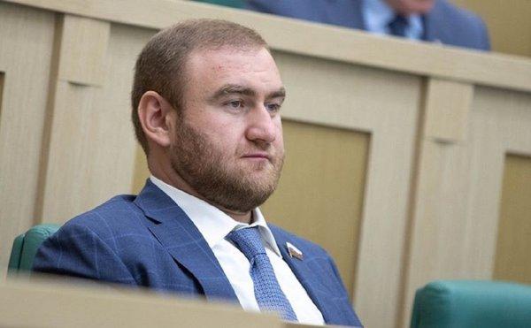 10 млн не помогли: Суд арестовал сенатора Арашукова по подозрению до 30 марта