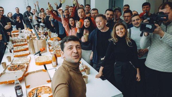 Комик Зеленский вырвался в лидеры президентской гонки на Украине