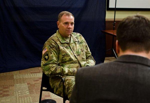 Разжигают спор славян: генерал американской армии надеется использовать Польшу в войне против России