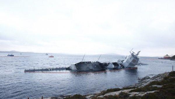 Военные НАТО заразили токсичными веществами часть акватории территориальных вод России