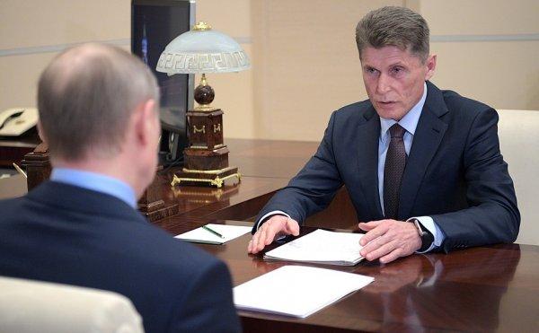 «Кожемяко на стороне Путина»: Губернатор Приморья пообещал выделить по миллиону на автомобили для приморцев