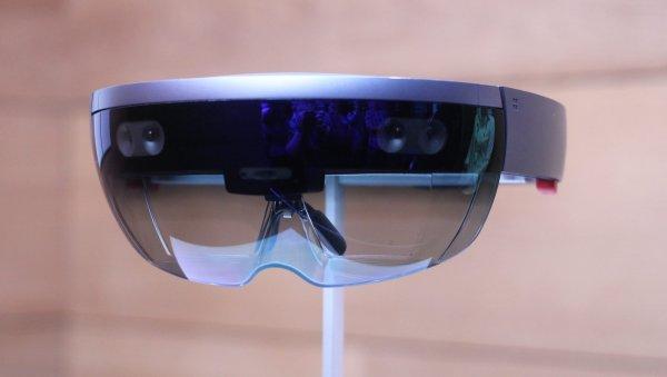Microsoft анонсировала очки смешанной реальности HoloLens 2