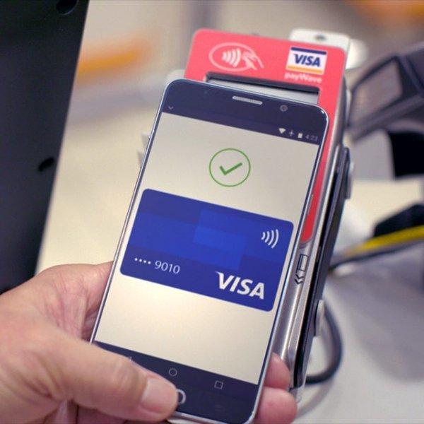 Visa против россиян: Из-за прихотей международной фирмы возрастают случаи «бесконтактных краж»