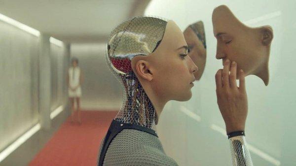 Как в том фильме: Билл Гейтс тайно разрабатывает гибрид человека и машины