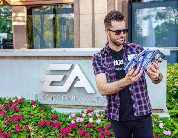 Electronic Arts закрывает офис в России: 350 человек останутся без работы