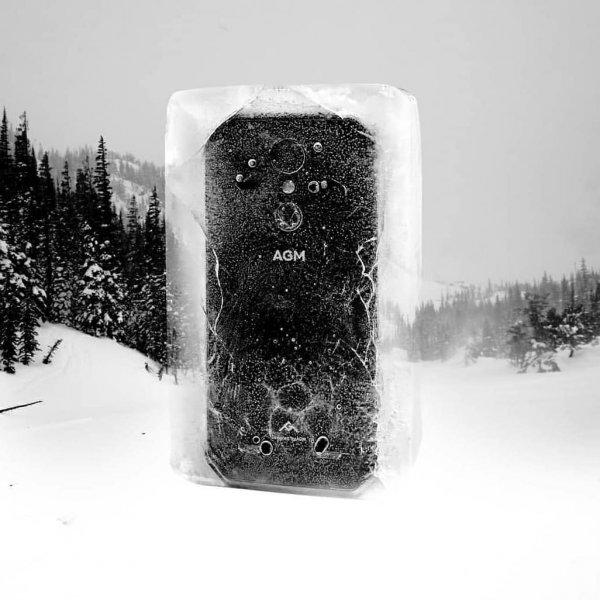 Блогер жёсткой заморозкой испытал пуленепробивной смартфон AGM A9