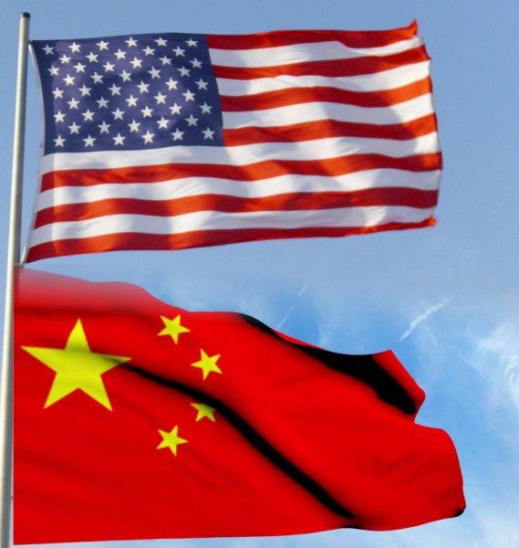 «Китай наверняка проиграет»: Пока журналисты США уверены в победе своей страны, Китай обучает женщин воевать на танках