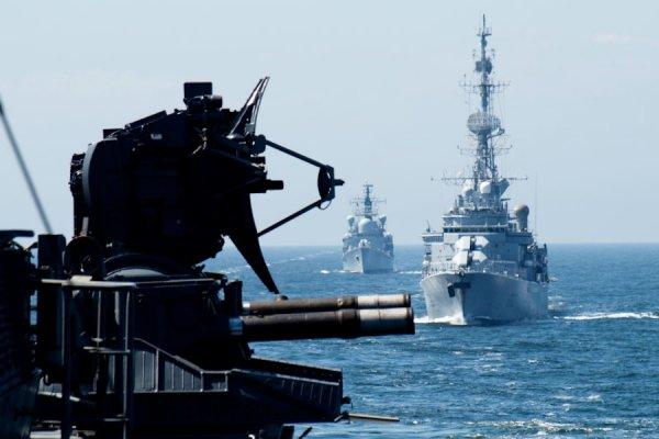 Порох не может, Британия поможет: Очередной военный корабль НАТО вошёл в Чёрное море