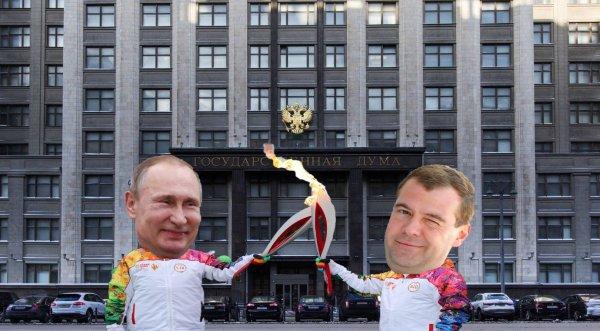 Как в 2008: Путин может беречь Медведева для временного президентства