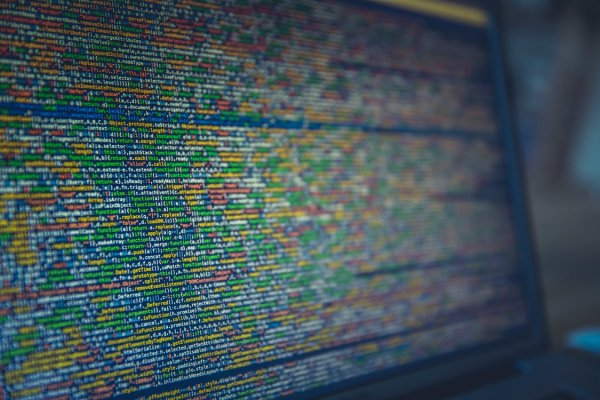 Хакеры продают данные более 275 миллионов личных записей пользователей