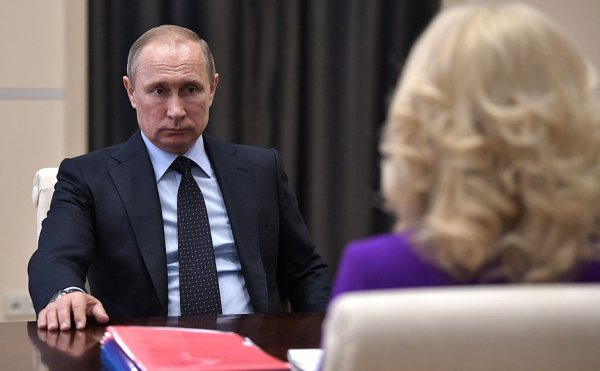 Бороться с бедностью начали с себя: Москва подарит пасынку вице-премьера Голиковой 120 млн рублей?