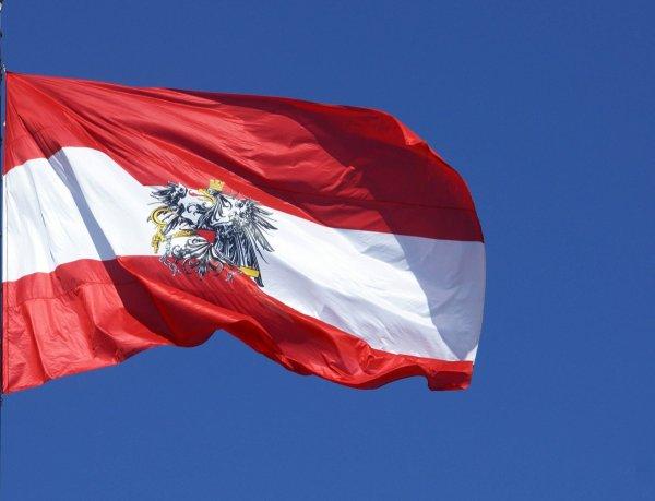 Лидер Австрийской партии свободы уходит с поста из-за связи с российским олигархом