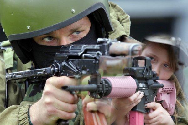 Не для нежных мальчиков. Блогеры из США признали «Калашников» по настоящему мужским оружием