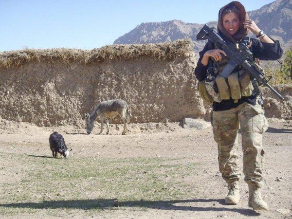 Из Филадельфии в Афган: Как американская чирлидерша вступила в спецназ и попала на войну