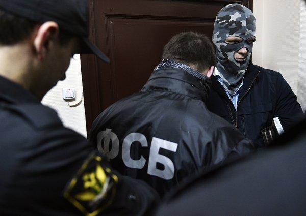 Налетчики из ФСБ. Спецназ силовиков «вынес» банк за 3 минуты