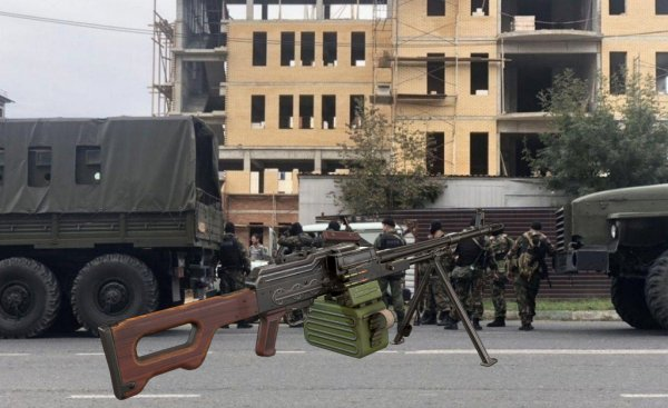 Шел, шел, пулемет нашел: Бойцы ОМОНа «забыли» своё оружие на дороге