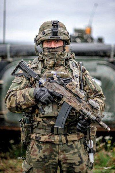 Польский спецназ стал «заложником» советского оружия и техники