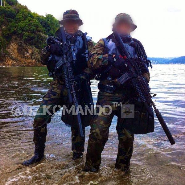 Турецкий морской спецназ высмеяли вСети из-за «больших стволов»