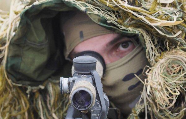 Министерство обороны РФ продемонстрировало работу снайперской пары