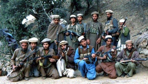 «Шурави— воины. Пиндосы— червяки»: Правду обармиях СССР иСША рассказал афганский моджахед