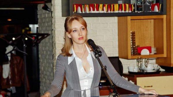 Заявившая о дискредитации своей персоны со стороны заинтересованных лиц депутат Мосгордумы Екатерина Енгалычева нарвалась на шквал разоблачений