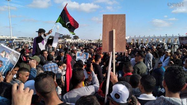 Хафтар заявил, что мир в Ливии наступит только после изгнания из страны террористов