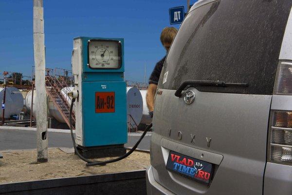 Отсутствие реальных запасов нефти провоцирует ежегодный рост цен на автомобильное топливо